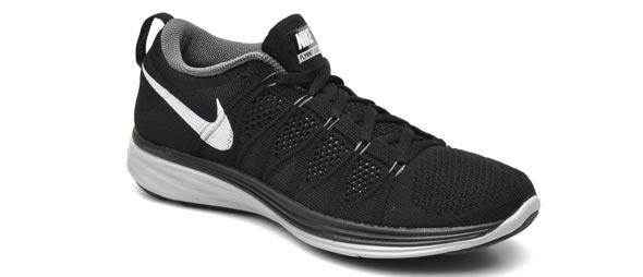 Zapatillas de running Nike Flyknit Lunar 2 sólo 64 euros.