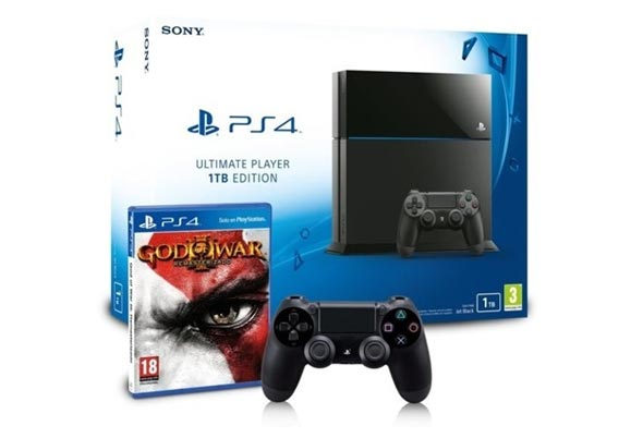 Consola Playstation 4 1TB + God of War 3