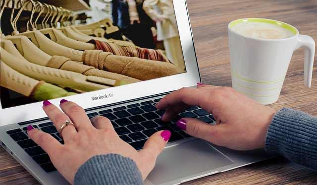 La moda online se apunta al Black Friday
