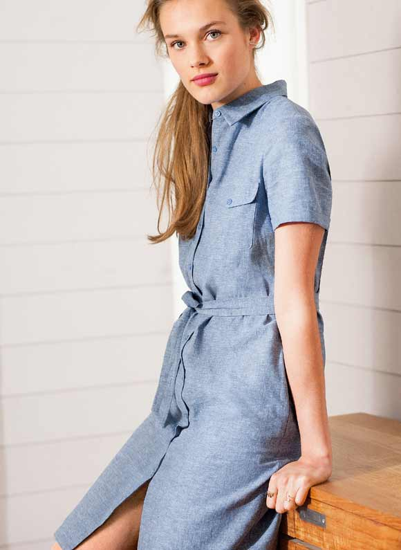 Vestido-estilo-safari-de-algodón-lino-Laura-Clement