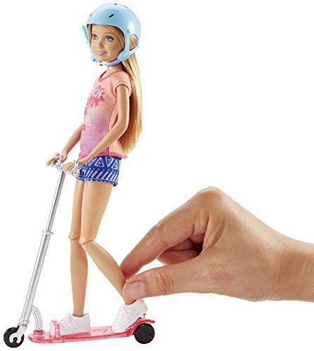 Barbie – Muñeca Stacie y su patinete