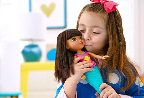 Dora la Exploradora – Dora sirena mil brillos (Mattel CDR85)