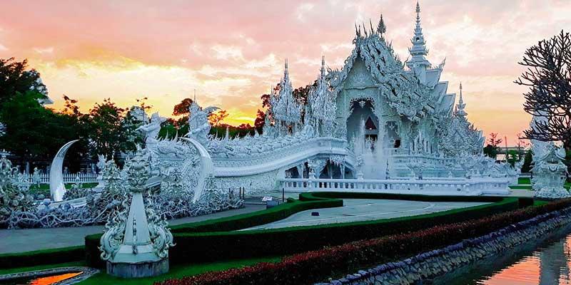 Templo blanco o Wat Rong Khoun