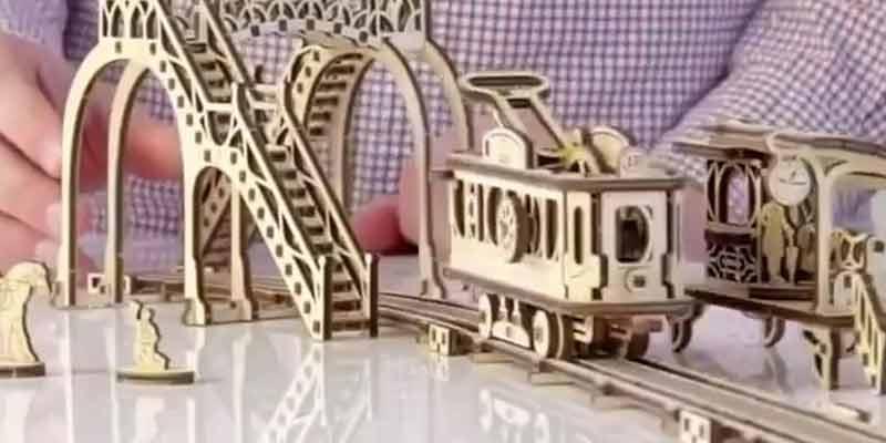 Tranvía Serie Ciudades Mecánicas de Ugears