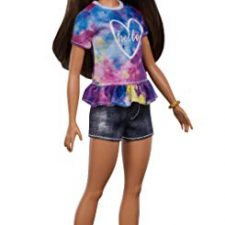 Barbie Fashionista – Muñeca morena con moño y shorts Barbie