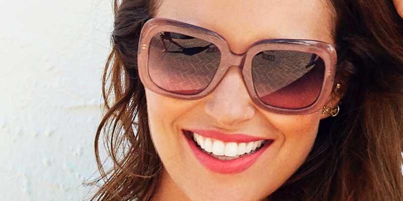 Compra dos gafas de sol y paga solo una